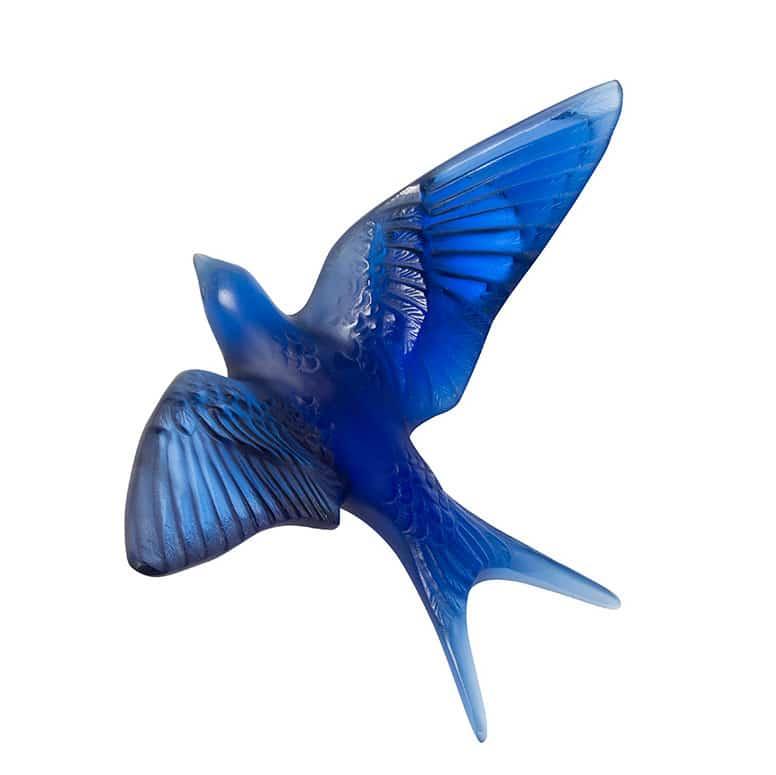 sculpture hirondelle Lalique ailes levées