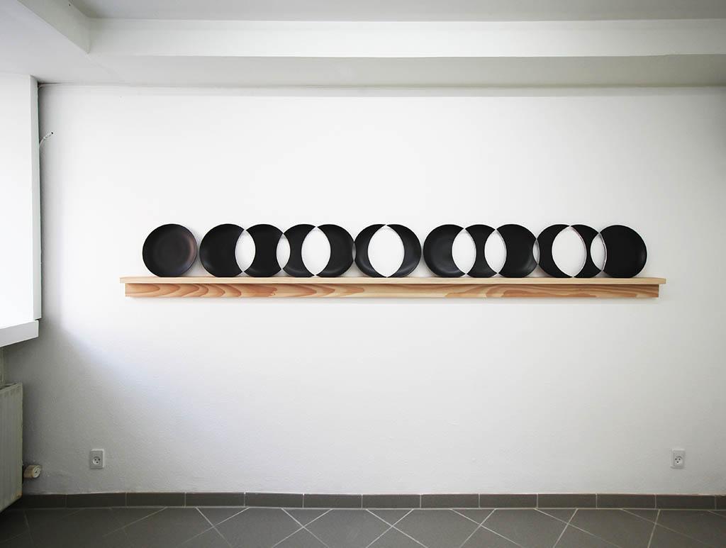 Plate Row (13)