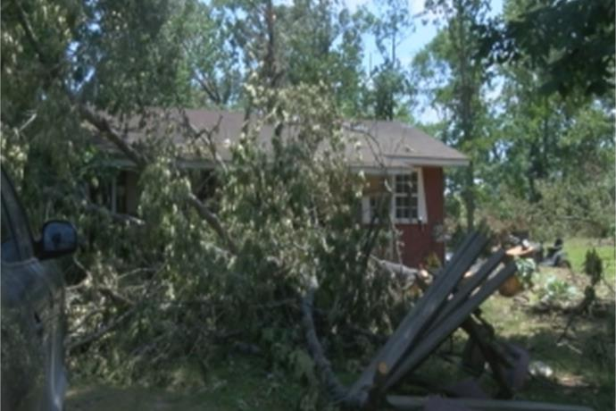 Clean-up Continues after Storms near Heber Springs_-8720499058200131385