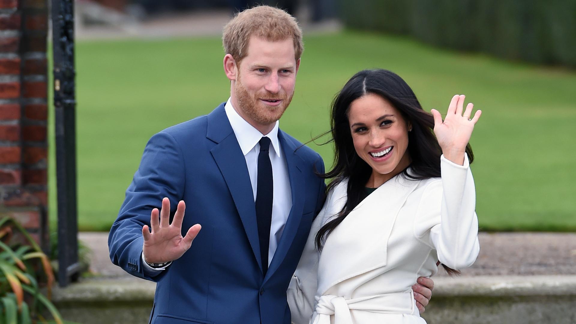 Prince Harry Meghan Markle engagement wave-159532.jpg22695877
