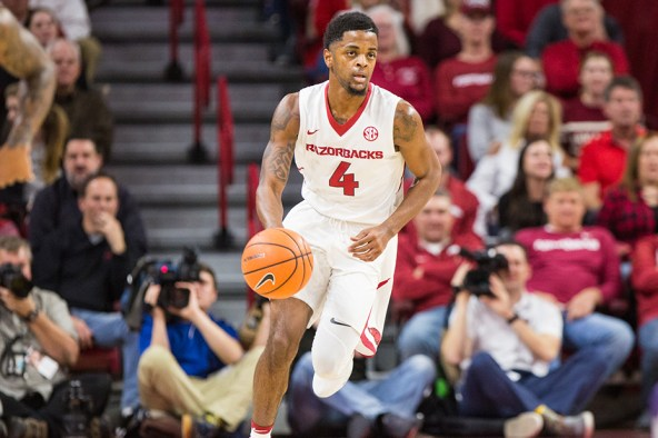 Outgoing Daryl Macon Making the Most of his Time at Arkansas