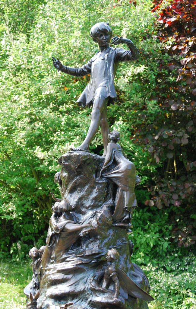 The Peter Pan statue in Kensington Gardens