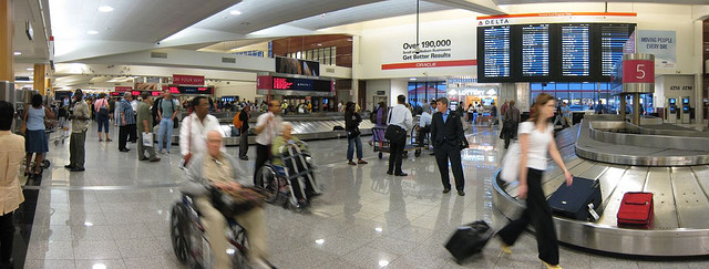 wheelchair-travel-tips-luggage