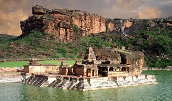 Bhootnath temple, Badami