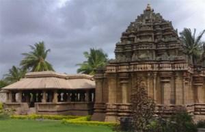 Hooli Panchalingeshwar Temple