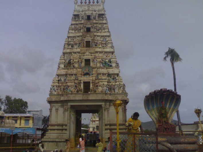 ghati subramanya temple, doddaballapur. Photo source http://bestplaces-topplaces.blogspot.in