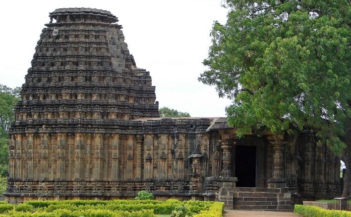 Dodda Basappa Temple, Gadag