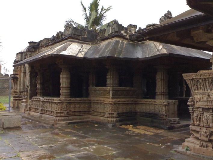 Trikuteshwara temple complex, Gadag