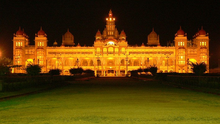 Mysore Palace during Dasara. Photographer Arul Prasad