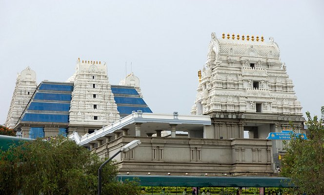 ISKCON Bangalore. Image source asratravels.com