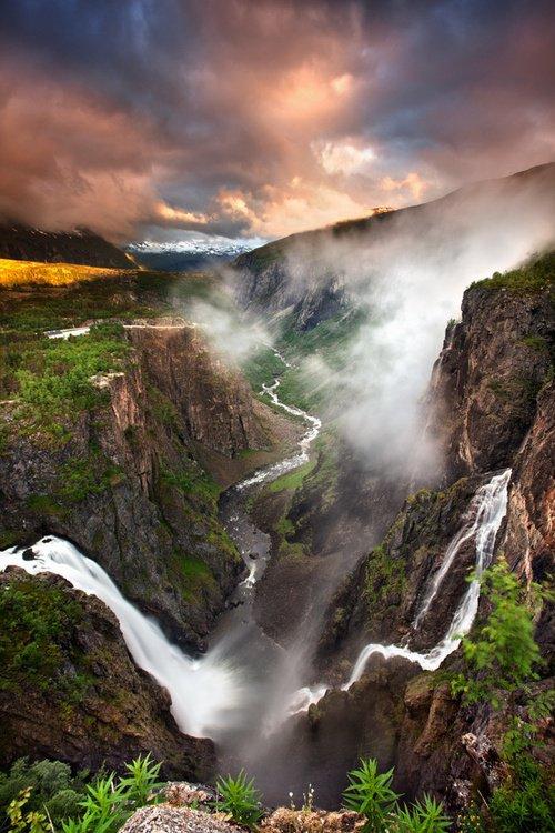 voringfossen-waterfall