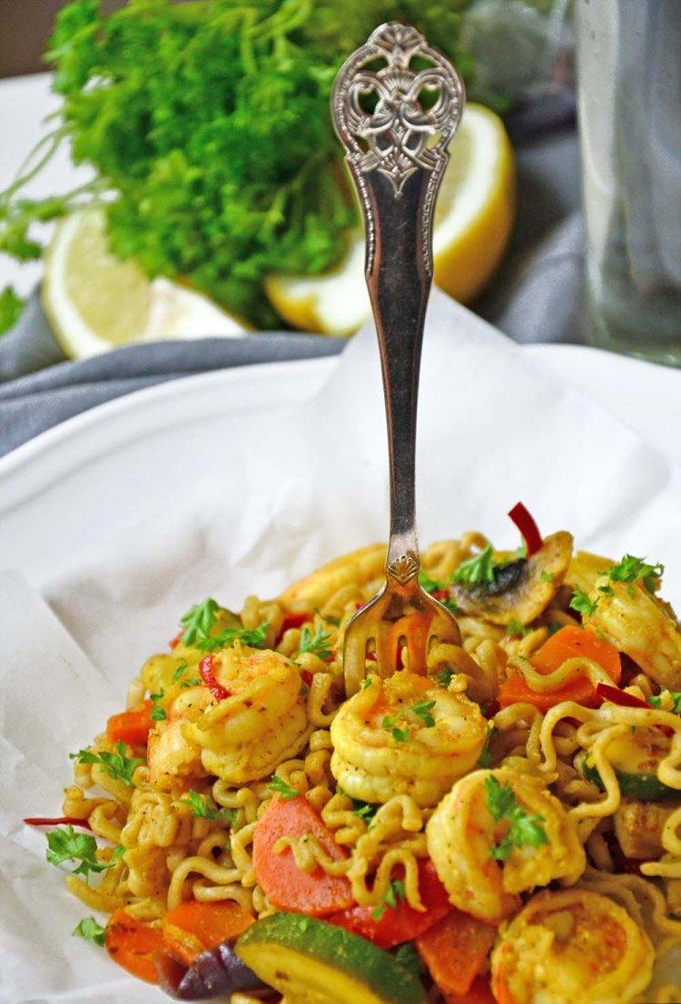 Shrimp & vegetable stir fry with honey chili sauce