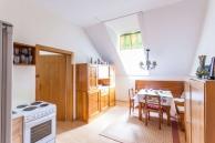 Ferienwohnung Lilli Küche und Essbereich