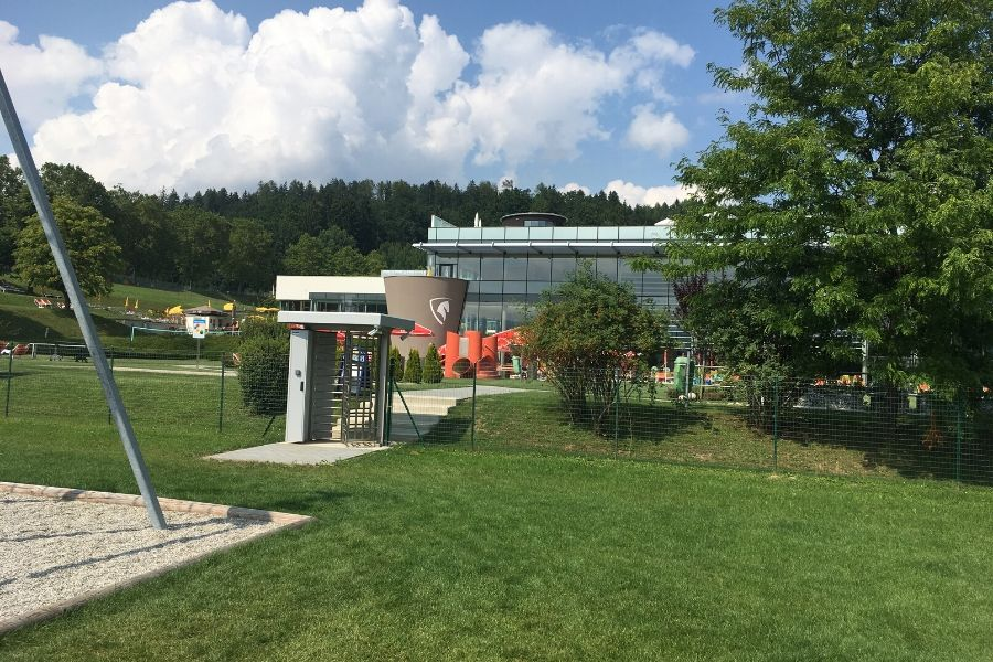 Zugang Therme - Bewegungspark - Therme