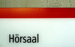 Duales Studium Bild: .marqs/photocase.de