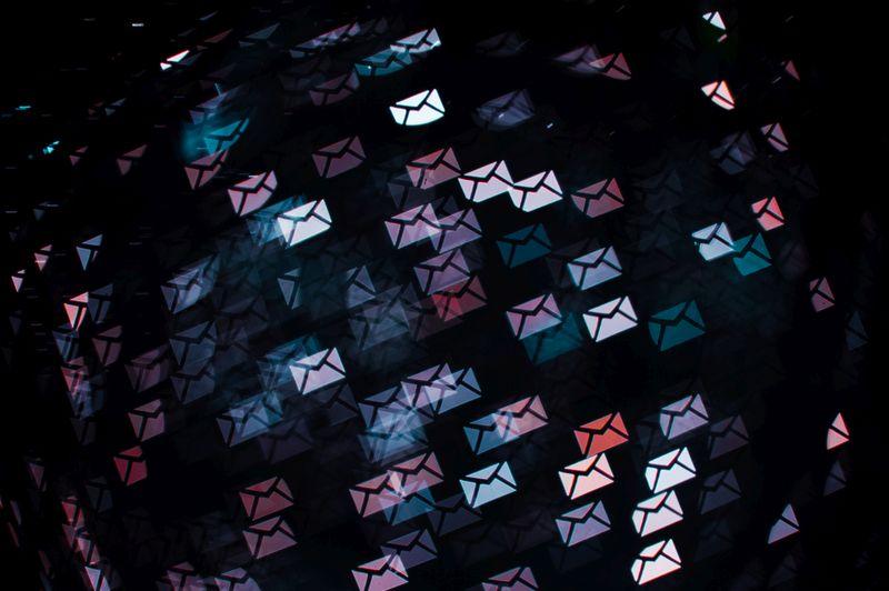 Anschreiben E-Mail-Bewerbung. Bild: suze/photocase.de