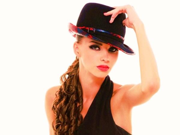 Картинка Девушка в черной шляпе » Девушки » Картинки 24 ...