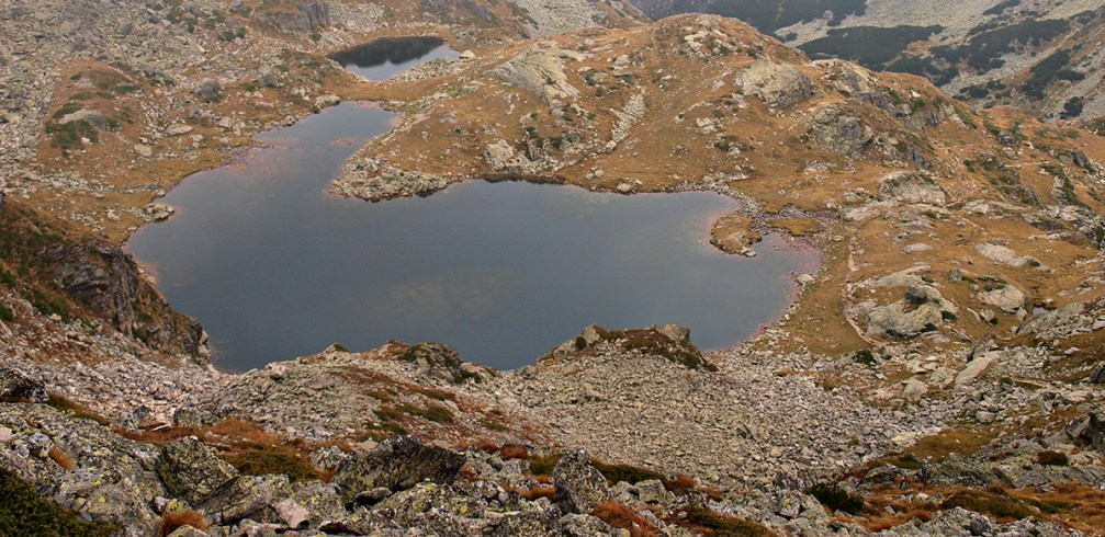 Lake Elena in all its glory en route to the summit