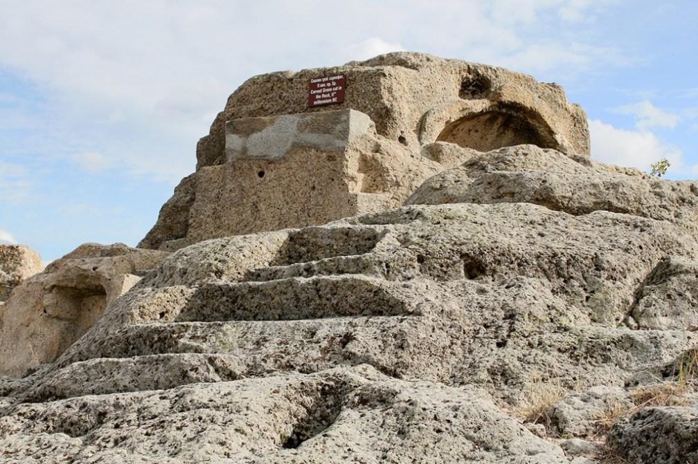 Mysterious sarcophagi on top of the mountain: Tatul