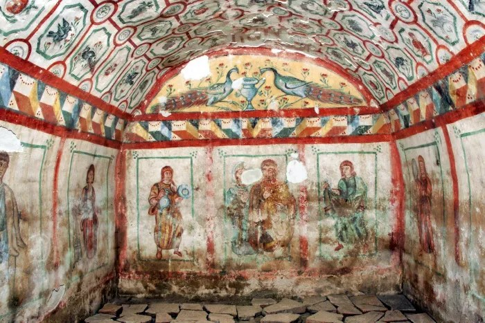 Fascinating wall paintings: Silistra Tomb