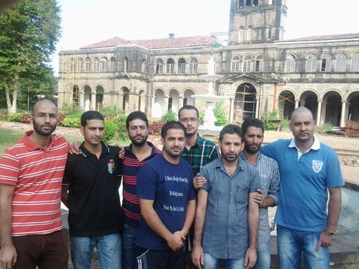 Mir Liyaqat Nazir (4th from left) with his friends in Pune University.