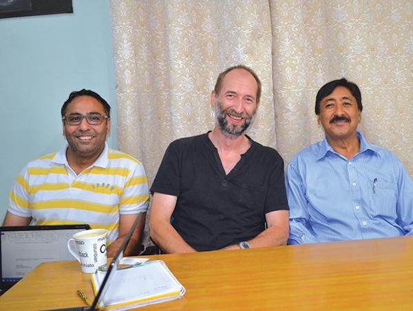 Lahmeyer engineers with Baglihar Chief Engineer.