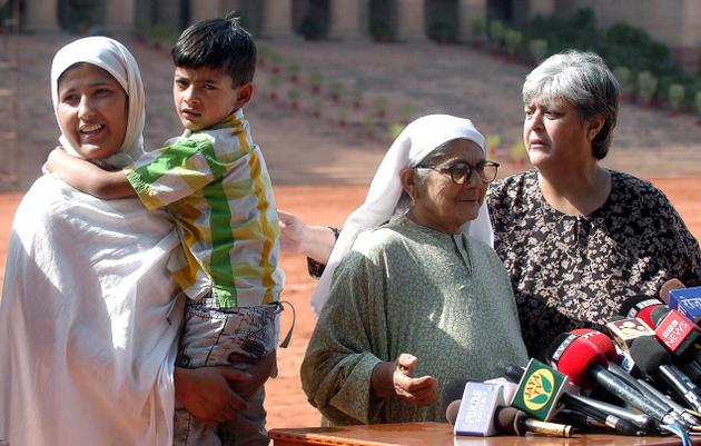 Nandita Haksar with Afzal Guru Family