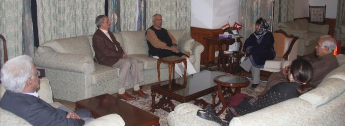 Yashwant Sinha with Mehbooba Mufti on Oct 26, 2016 evening.