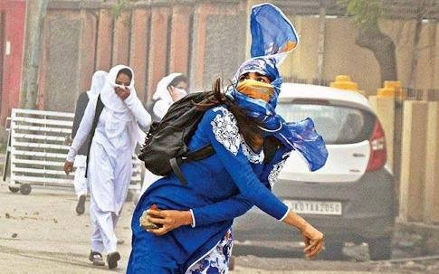 Bollywood Biopic on Girl Whose Stone-Pelting Photo Went Viral…….