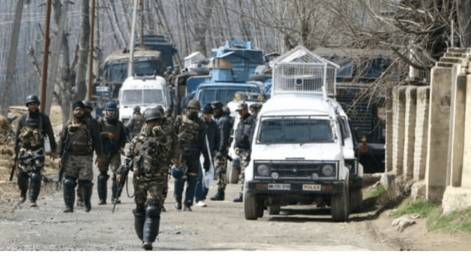 Sopore Encounter Update: One Militant Killed, One Paratrooper Injuired, Gunfight Still on