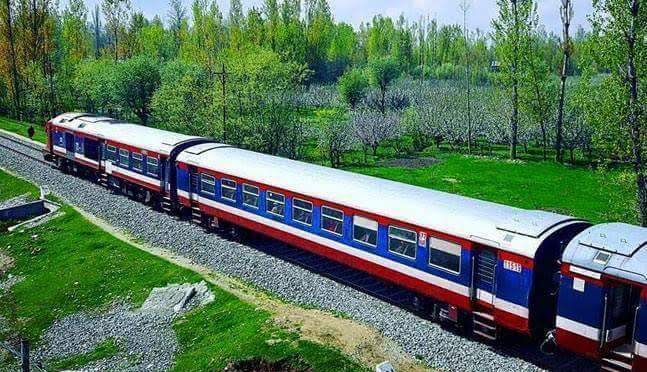 30 Year Old Labourer Crushed To Death By Train In Kakapora Pulwama