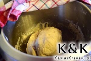 przygotowanie bułeczek pszenno-żytnich