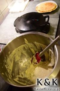 przygotowanie gofrów z serem