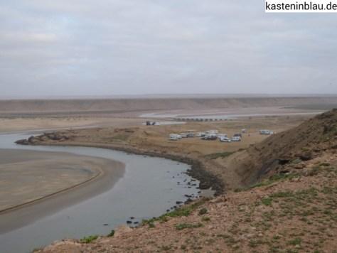 Oued Chbika-Flussmündung mit WOMOs