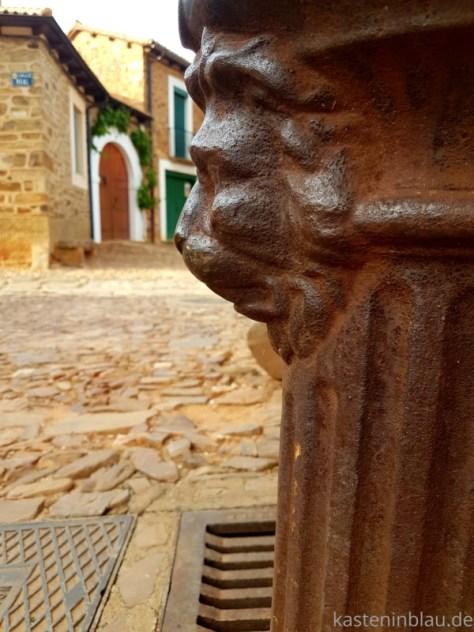 Rotes Dorf bei Astorga