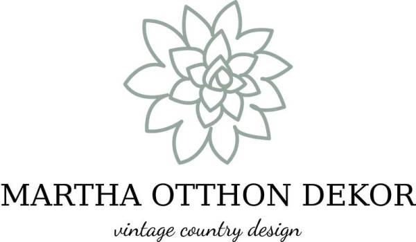 Martha elsődleges logó, Martha kövirózsás, letisztult, natur szín, nőies logó kisvállalkozásoknak. Kozmetika, natur termékek, virágüzlet, illóolaj, parfume, holisztikus vállalkozás, terapeuta, coach, kézműves vállalkozás, lakberendező egyedivé teheti vele a vállalkozását.