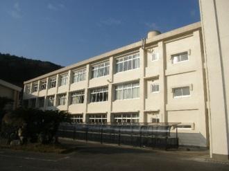 五島南高校管理棟・特別室棟外壁改修工事