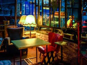 table chair szimpla ruin bar