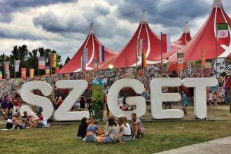 sziget festival sign a38 stage festival picture hack