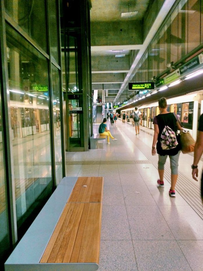 kelenfold vasutallomas metro stop underground M4 Budapest public transport public sphere architecture station decoration passage platform