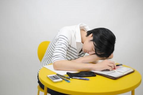 テストのために落ち込むと勉強が嫌いになる
