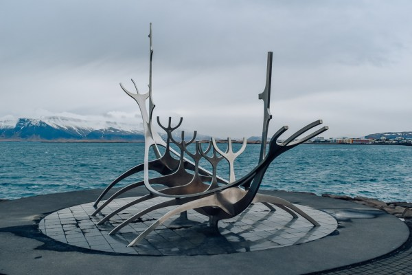 road trip itinerary for Iceland reykjavik