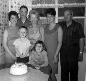 630px-Family_photograph_1965