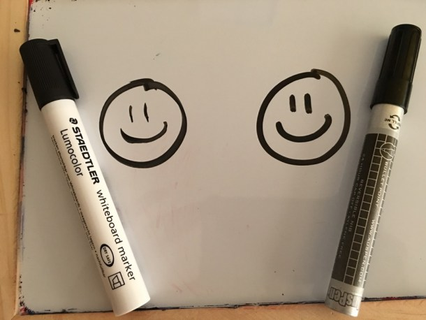 Here's the comparison between Staedler markers, on the left and Auspen on the right. What you can't smell is that the Staedler markers smell really bad! Auspen has barely any odor at all, and it's not a stinky chemical smell.