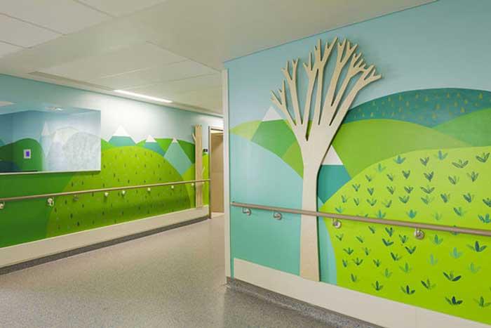 Graffiti στους τοίχους παιδικού νοσοκομείου