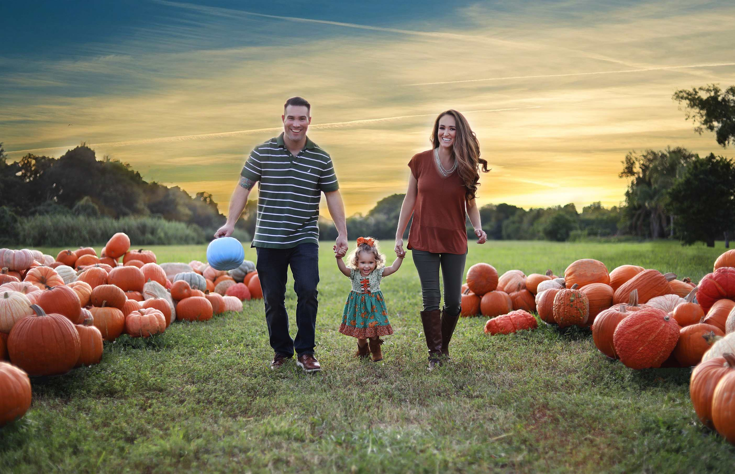 – 19 b Gender reveal family portrait photographer katherine eastman photography miami south florida birthday fairytale maternity newborn fall