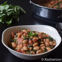 Garlicky White Beans with Spinach and Tomatoes
