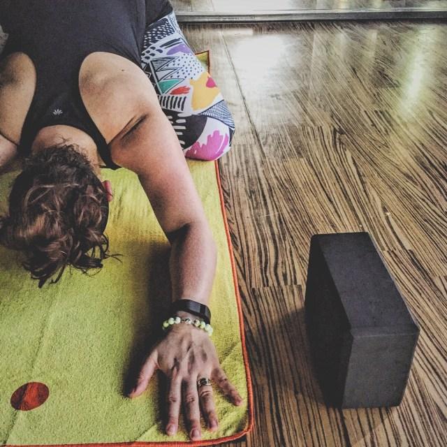 Yoga on My Yogitoe