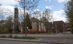 Kirche außen 2_St_Petrus