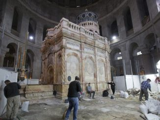Restaurierte Ädikula über dem Heiligen Grab in der Grabeskirche von Jerusalem